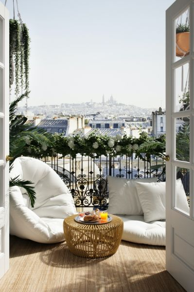 strefa wypoczynkowa na balkonie