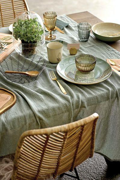 dekoracje wielkanocne stołu