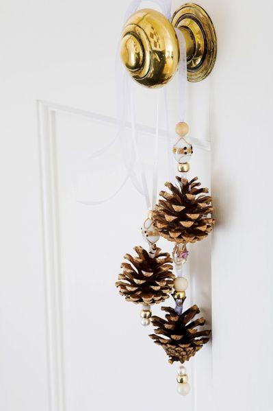 dekoracje drzwi na boże narodzenie