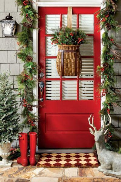 stroik bożonarodzeniowy na drzwi