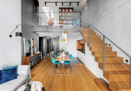 salon z kuchnią w stylu loft