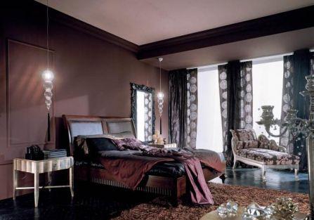 Kolekcja Voyage - łóżko z lipy. Zagłówek może być wykończony drewnem, krokodylą skórą lub plecionką.