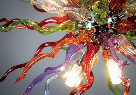 Lampy bardzo się podobają nie tylko dlatego, że są robione ręcznie, z nowego, nietypowego materiału,