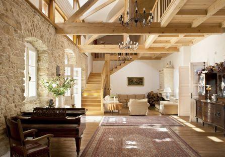 Jak urządzić wnętrze w stylu toskańskim? Jakich mebli i dekoracji nie może zabraknąć w aranżacji