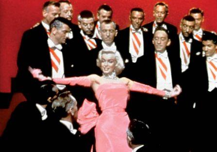 Marilyn Monroe śpiewa piosenkę? Diamenty są najlepszym przyjacielem kobiety?.