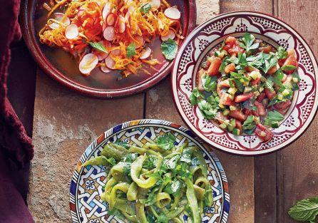 Sałatka z białej papryki oraz z rzodkiewek i marchewki