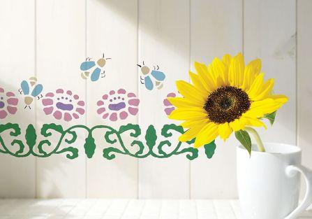 Proponujemy wersję z lekkim przymrużeniem oka – nad każdym kwiatem lata pszczoła.