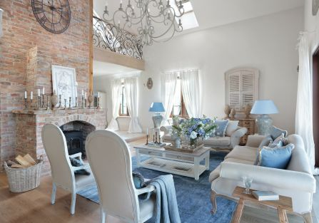 styl loftowy z francuską klasyką