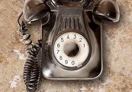 Telefon stylizowany. Historia telefonu