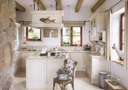 Tradycyjny cottage okazał się bardzo inspirujący i przyczynił do powstania stylu cottage. Jakie ma cechy?