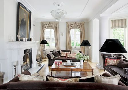 Właściciele od początku wiedzieli, jak chcą mieszkać. Dom musiał być z wysokimi sufitami, przedwojenny, a