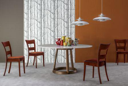 stół do jadalni z marmurowym blatem