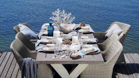 pomysły na letnie nakrycie stołu