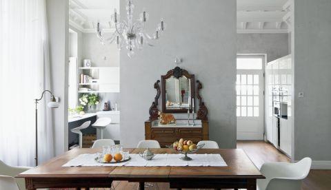 pałacyk klasyka jadalnia dębowy stół