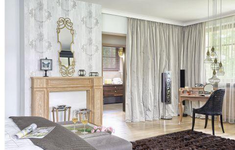 dom w lesie stylowe wnętrze sypialnia zasłony