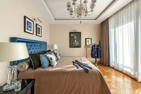 klasyczna sypialnia aranżacja