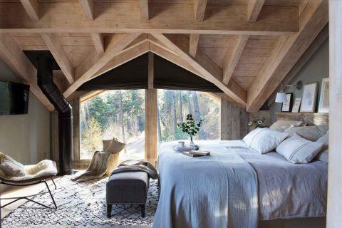 sypialnia w drewnie w stylu skandynawskim