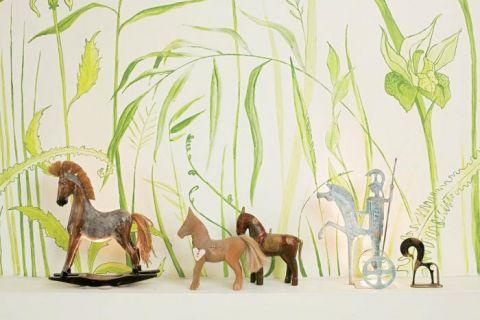Freski- trawy w sypialni mamy- namalowała Iga, studentka scenografii na ASP.