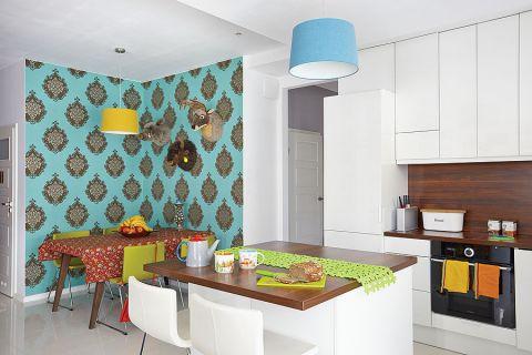 Kolorowe mieszkanie Michała Nogasia