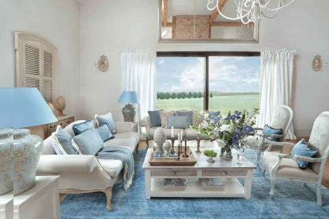 styl loftowy z francuską klasyką  salon