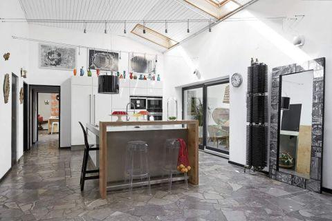antyki w nowoczesnej kuchni
