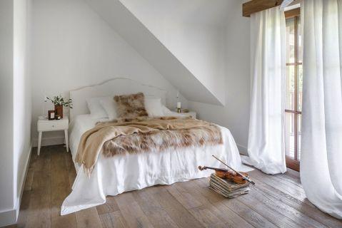 sypialnia w stylu rustykalnym nowoczesnym