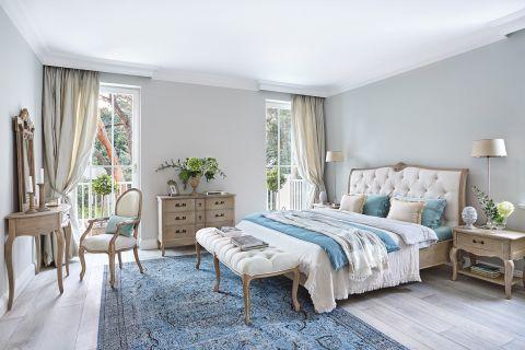 sypialnia w stylu francuskim aranżacje