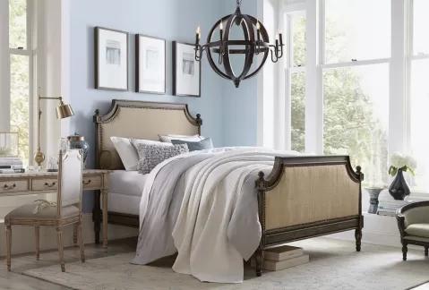 klasyczne łóżko do sypialni małżeńskiej