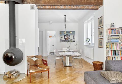 stylowe wnętrze minimalizm salon kominek