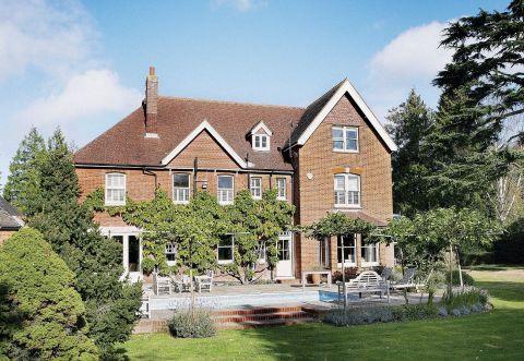 Dom z czerwonej cegły, angielskie wnętrze