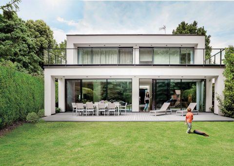 Nowoczesna architektura – dom pełen słońca
