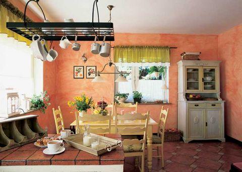 Kredens z Żyrardowa to główna ozdoba kuchni.