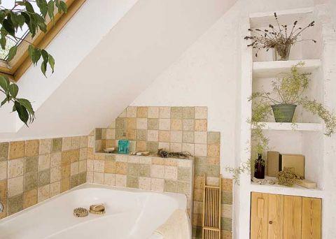 W tej rustykalnej łazience płytki są tylko tam, gdzie to konieczne.
