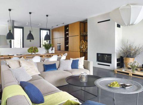 duży salon w stylu nowoczesnym