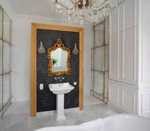 pałac bajkowe wnętrza łazienka