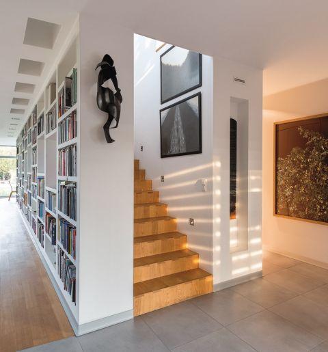 Modernistyczny dom kolekcjonera książek, sztuki i designu