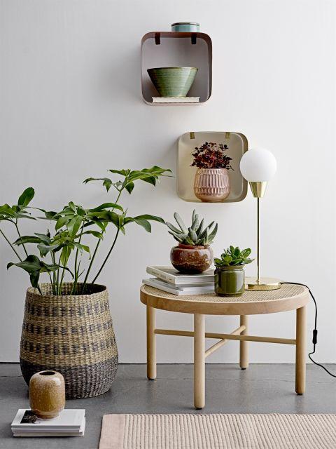 Pomysłowe dekoracje ścienne, które ozdobią wnętrza salonu, holu i