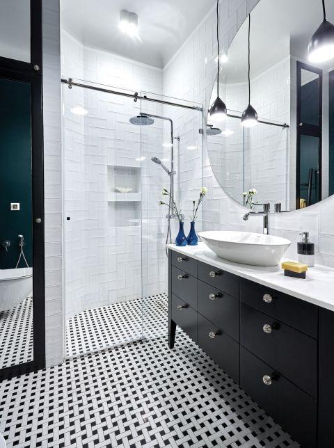 jak urządzić czarno-białą łazienką