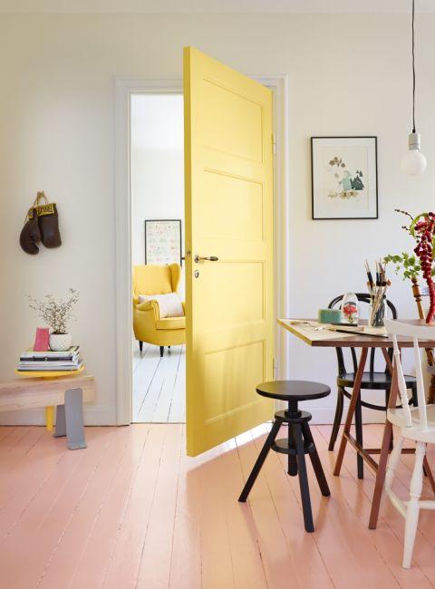 żółte drzwi wewnętrzne