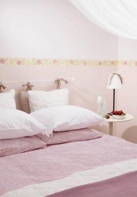 Różany salonik w przyszłości ma być pokojem dziecięcym.