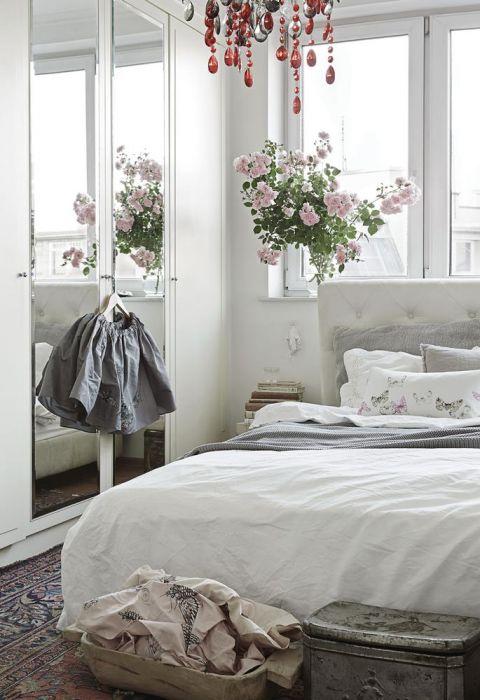 atelier artysty sypialnia biel