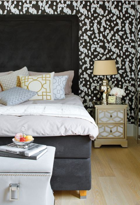 czarno-biała sypialnia