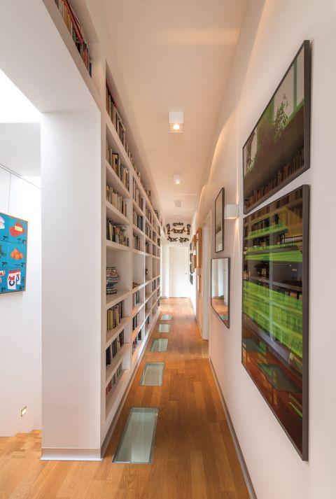 modernistyczny dom kolekcjonera książek i sztuki