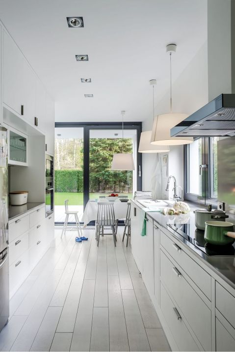 nowoczesny dom kuchnia przestrzeń