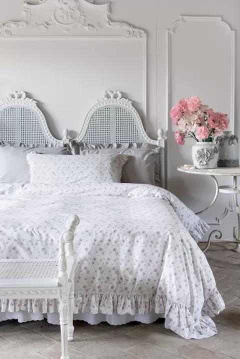 romantyczna sypialnia styl francuski