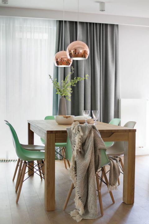 nowoczesne wnętrze jadalnia stół drewno