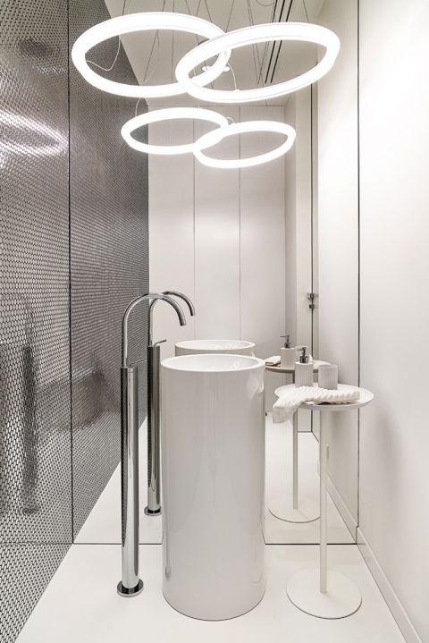 styl nowoczesny biała łazienka