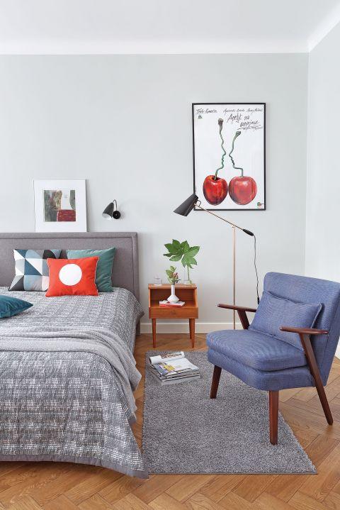 Poduszki Pappelina, narzuta z Ferm Living, lampa stojąca Northern Lighting - Scandinavian Living.