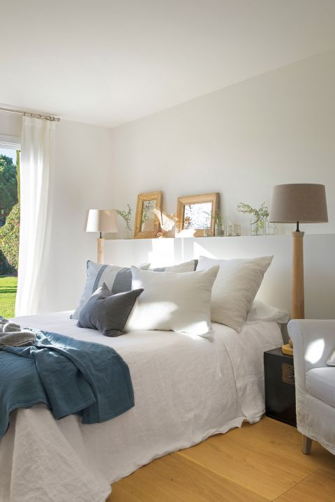 sypialnia styl rustykalny