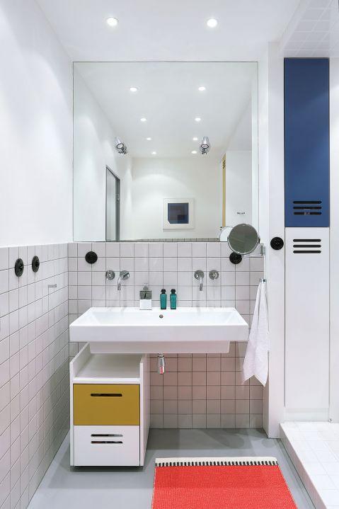 Umiar, minimalizm, jasne kolory. Polski modernizm z duńskimi pomysłami